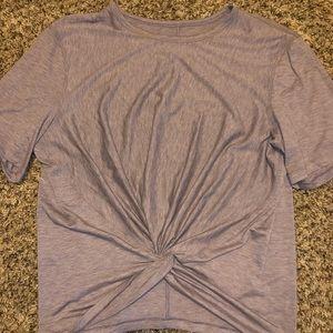 Lululemon twist front top sz 10-12 Lavender